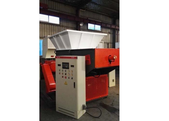 55 Kw Plastic Recycling Shredder Machine Hard Tooth Surface Reducer Industrial